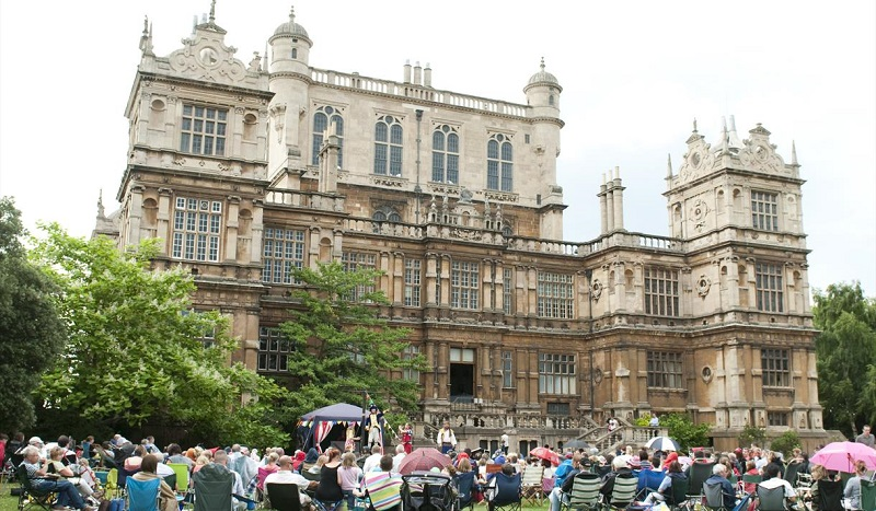 Open Air Theatre at Wollaton Hall - Visit Nottinghamshire