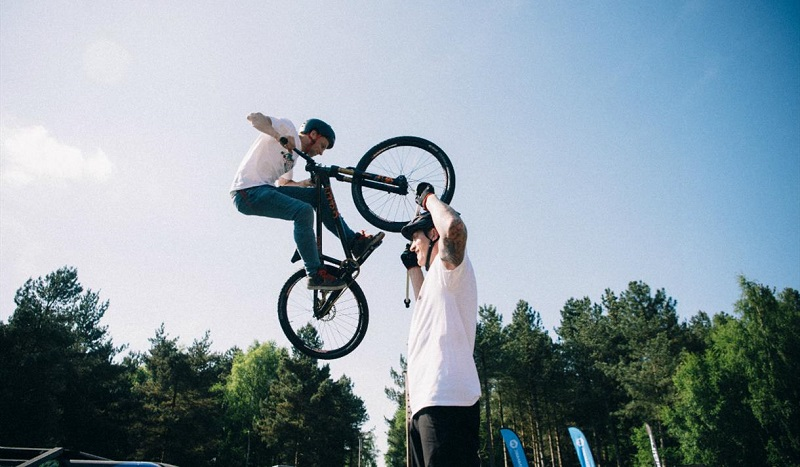 BMX Stunt performers at PedalFest cycling festival - Visit Nottinhamshire