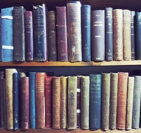 Discovering The Secrets of Bromley House Library
