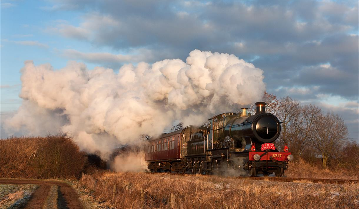 Winter Holiday Trains with the Great Central Railway